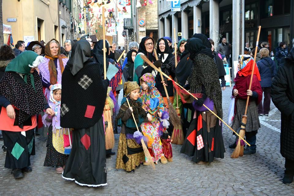 Festa Nazionale della Befana -Urbania